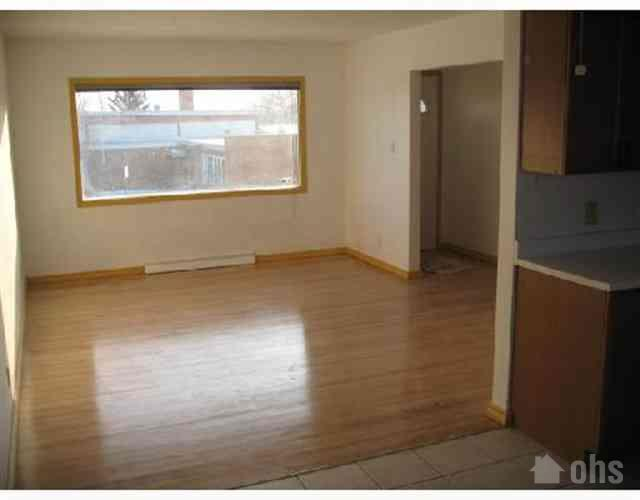 Tuxedo Basement Suite for Rent in Calgary