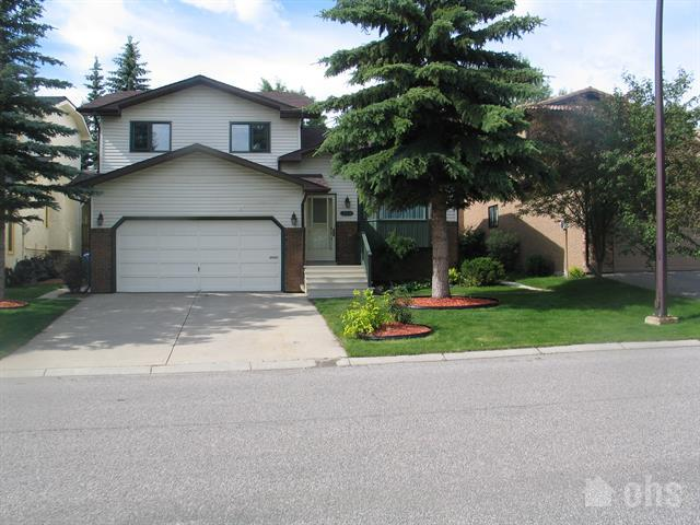 Strathcona Park House for Rent in Calgary - OHS Listing # 3085